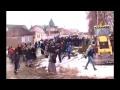 Цыганский бунт в поселке Плеханово усмирен стражами правопорядка,People & Blogs,,Цыганский бунт в тульском поселке Плеханово усмирен силами ОМОНа, СОБРа и внутренних войск. На данный момент коммунальщики ликвидируют незаконные врезы, из-за которых 16 марта 400 домов поселка остались без газоснабжени